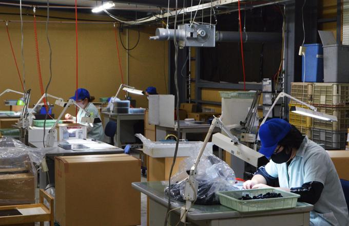 鋳型整形・プラスティック製造の株式会社オザキ保有設備